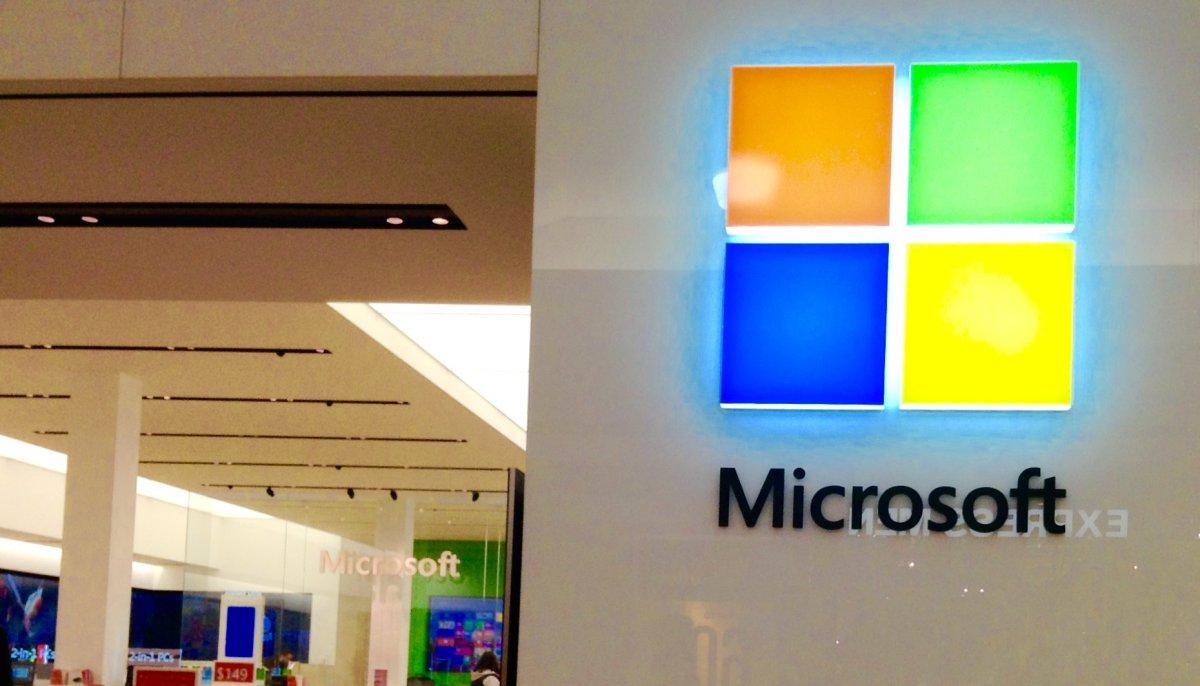 مایکروسافت برنامه NewsCast را برای تبدیل متن به صوت طراحی کرده است.