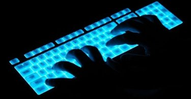 hands over luminous keyboard...B93X8G hands over luminous keyboard