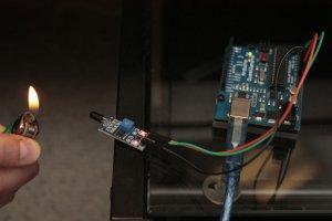 سنسور تشخیص شعله