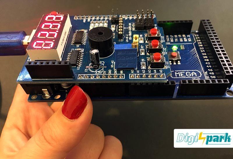 arduino- Multifunction shield-clock-digispark