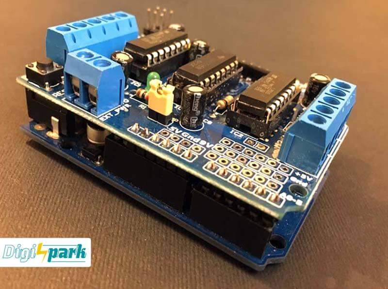 شیوه اتصال شیلد درایور موتور L293D روی آردوینو - دیجی اسپارک