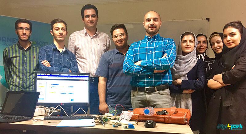 کارگاه اینترنت اشیا iot برد رزری پای در تهران - 1395 - دیجی اسپارک
