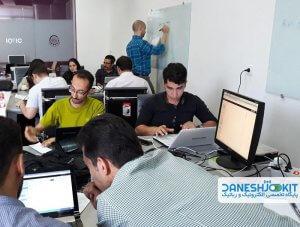 کارگاه دوروزه iot در مدرسه تابستانی اینترنت اشیا iot با رزبری پای - دیجی اسپارک