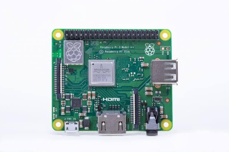 برد رزبری پای 3 مدل A+ معرفی Raspberry pi 3 model A+ - دیجی اسپارک