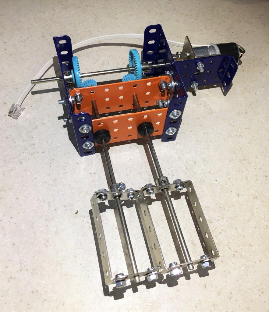 نمونه استفاده از چرخ دنده در رباتیک - دیجی اسپارک