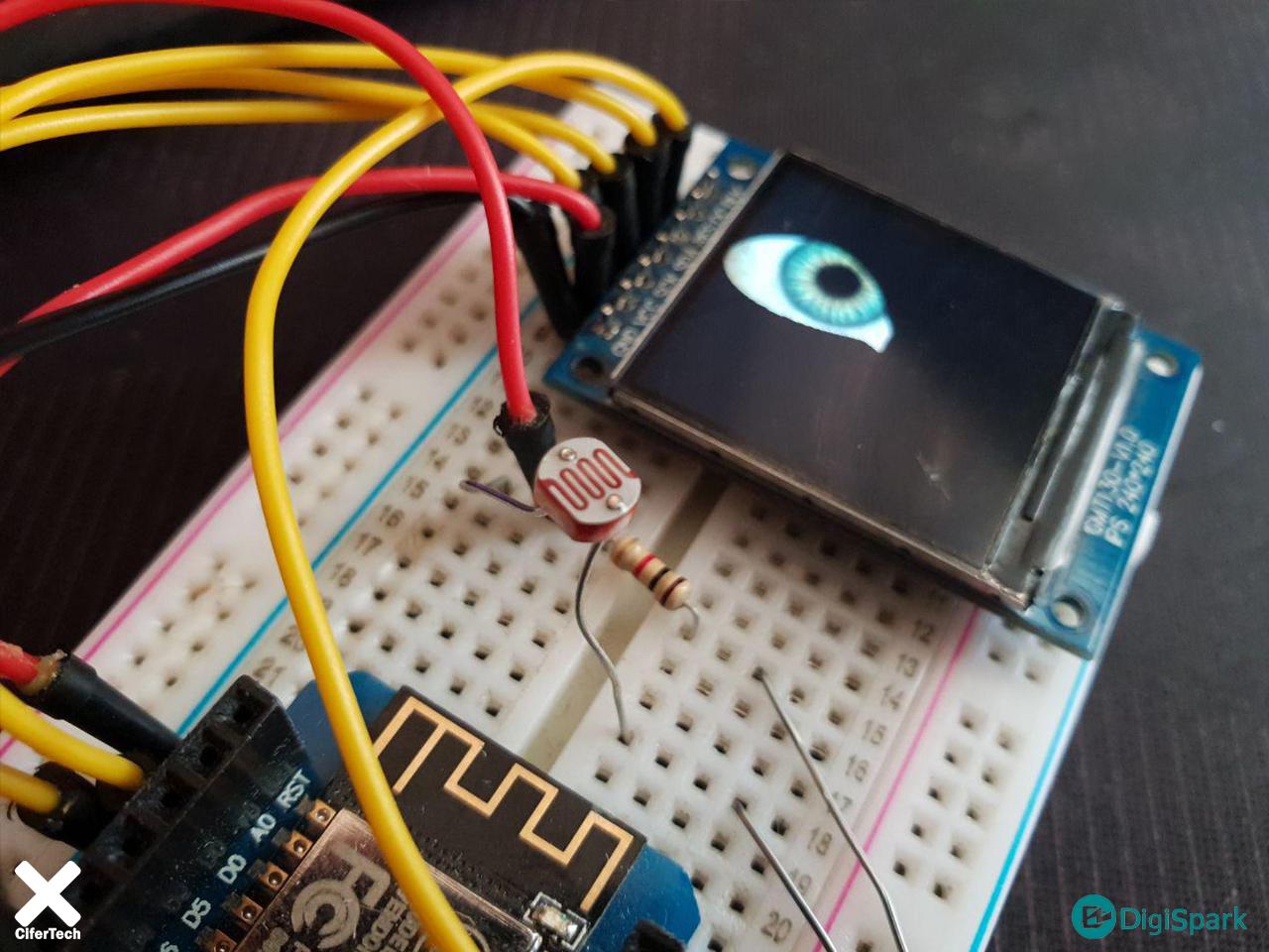 ساخت چشم انسان با ال سی دی TFT رنگی - دیجی اسپارک