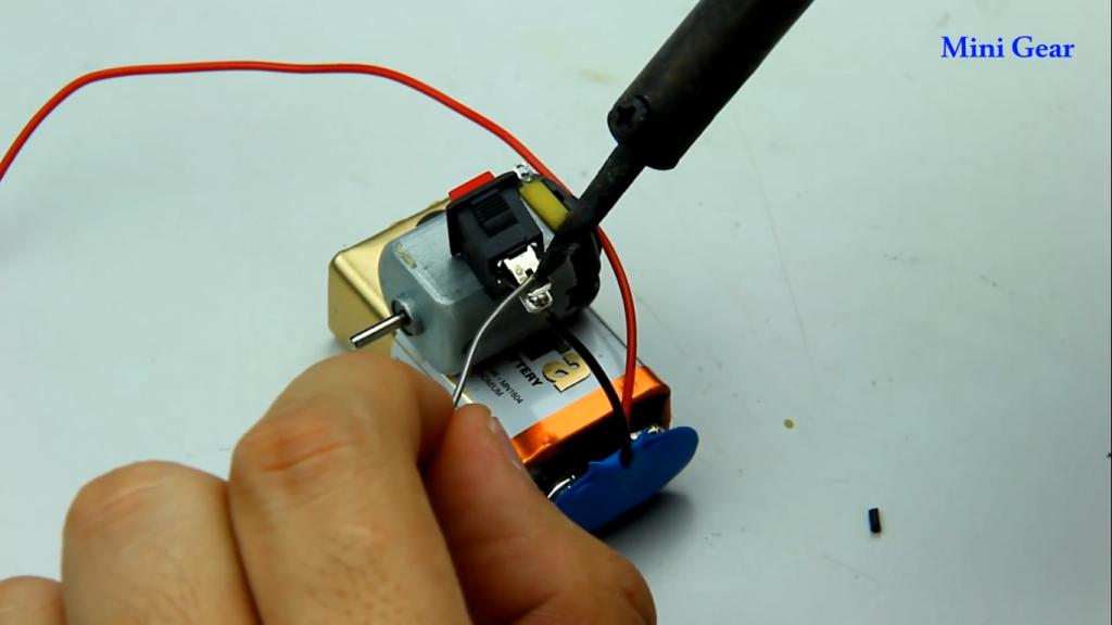 اتصال سیم ها برای ساخت ماشین آفرود کاردستی - دیجی اسپارک