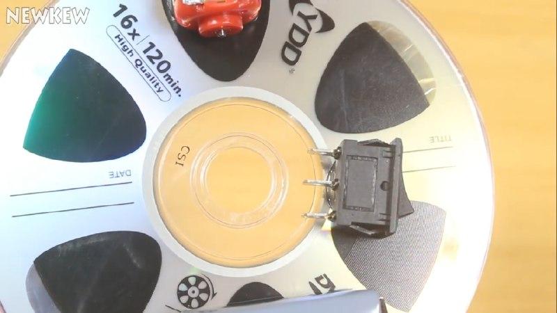 اتصال کلید راکر و موتور آرمیچر DC به CD ساخت ربات شیطونک - دیجی اسپارک