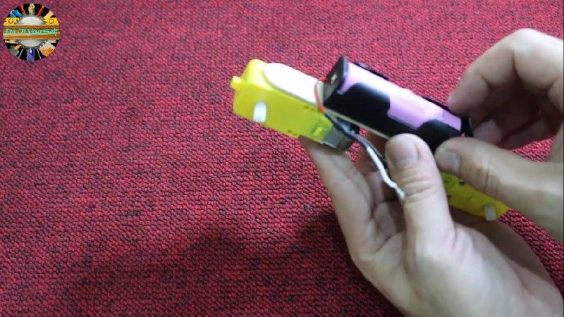 اتصال باتری لیتیومی به کاردستی ربات همه جا رو با موتور آرمیچر - دیجی اسپارک