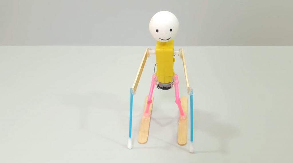 ربات اسکی باز با موتور DC و نی نوشابه و چوب بستنی - دیجی اسپارک