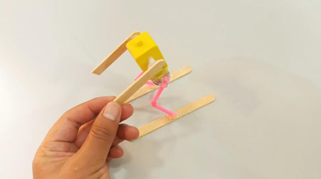 اتصال چوب بستنی به موتور DC برای ساخت ربات اسکی باز - دیجی اسپارک