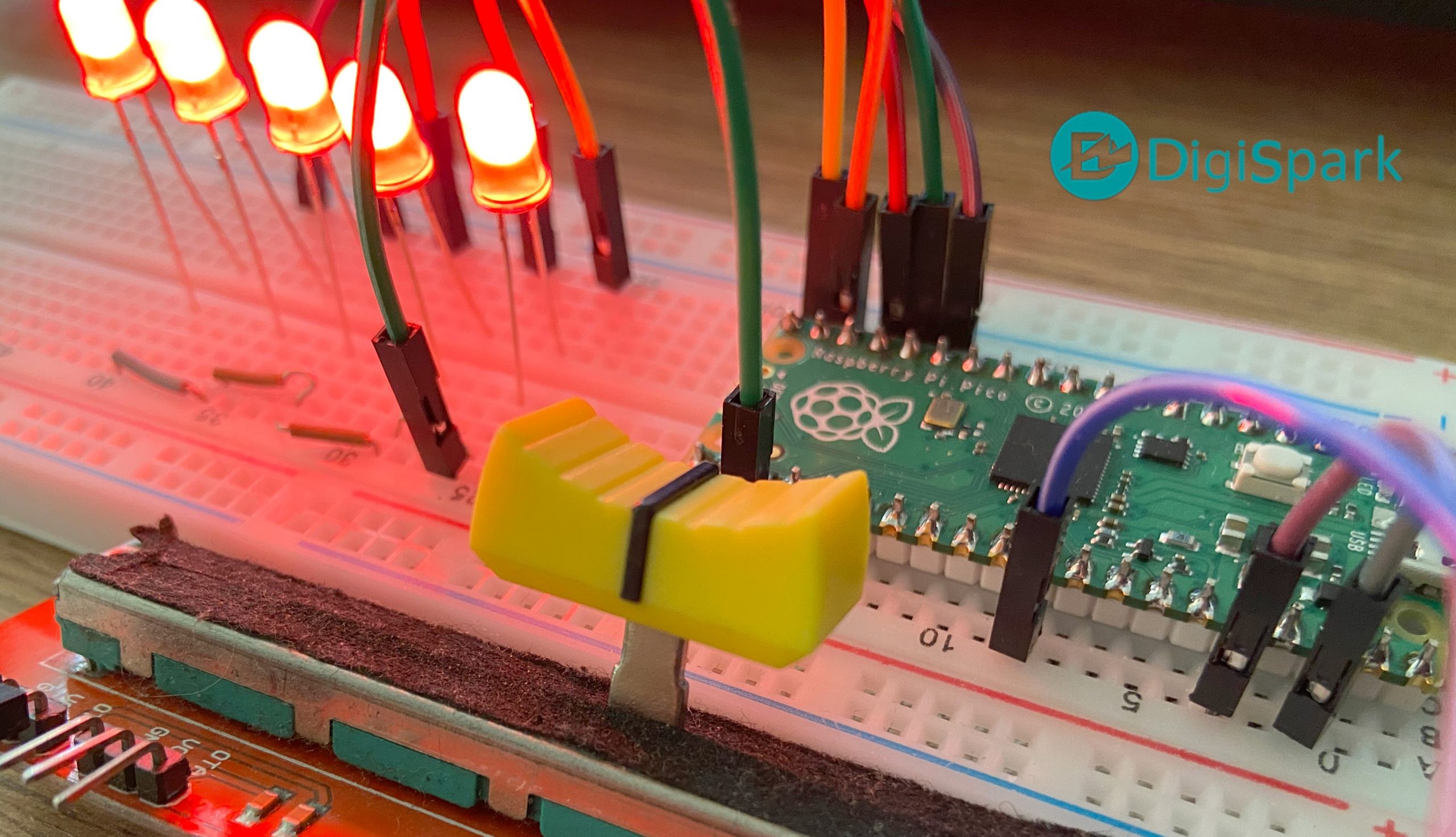 راه اندازی پایه آنالوگ به دیجیتال رزبری پای پیکو Pico - دیجی اسپارک