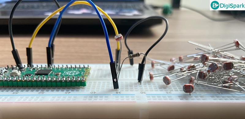 راه اندازی سنسور فتوسل با برد رزبری پای پیکو Pico - دیجی اسپارک